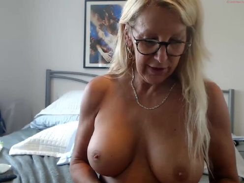 fitcougarcb  Caresses her shaven pussy