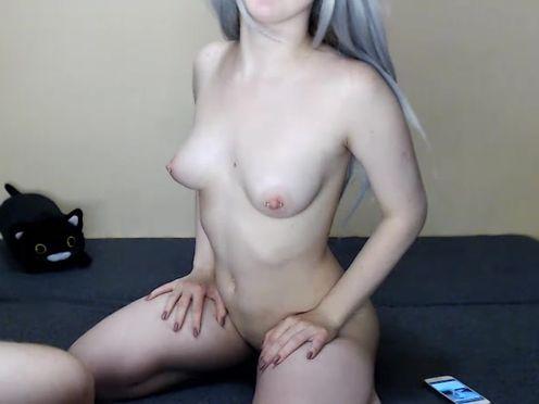 WeLovePorn Stunning slut dabbles with dildo