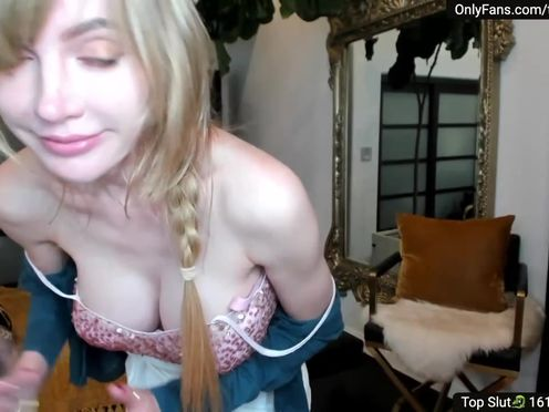 aleXis busty chick caresses shaved foil