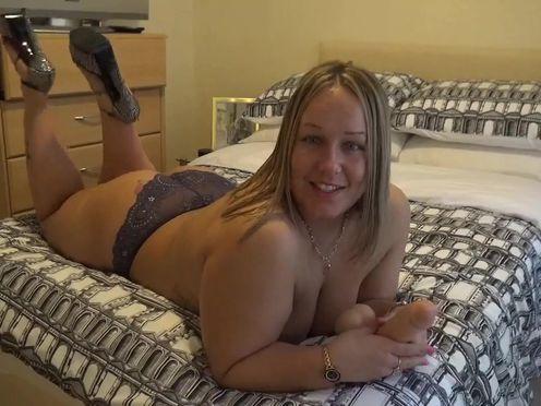 AshleyRider appetizing babe shows her tits