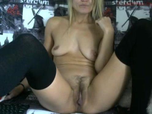 scorpiowinner  Wet pussy wants sex